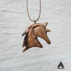 گردن آویز چوبی سر اسب