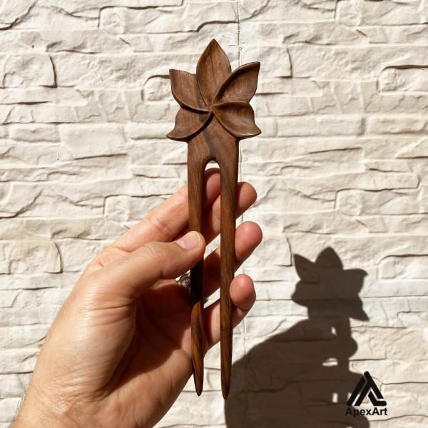پین چوبی منبت کاری شده طرح گل