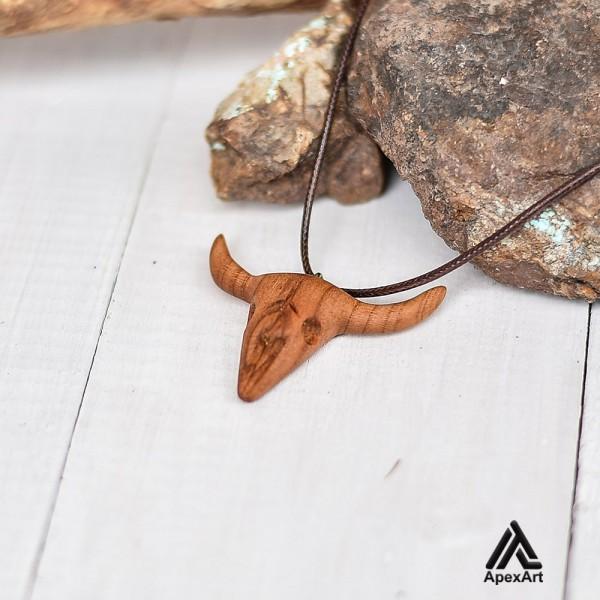 گردنبند چوبی طرح جمجمه گاو
