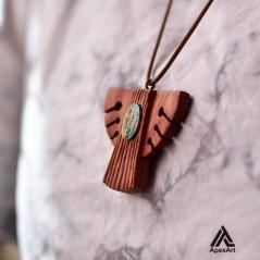 گردنبند چوبی و فیروزه طرح اهورا