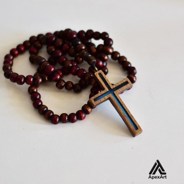 گردنبند رزینی و چوبی طرح صلیب